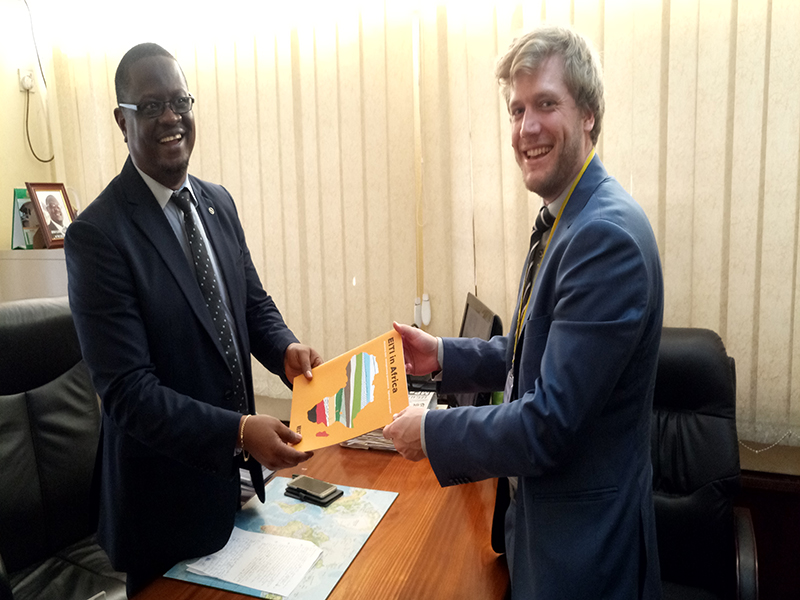 L-R Deputy Anti-Corruption Boss Sholay Davis and EITI  Secretariat Technical Manager Christoffer Claussen
